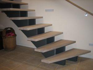Tømrerfirma satser på trappeproduktion